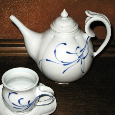 Teapot by Andrew Boswell. Wheel thrown, hand painted, grolleg porcelain.